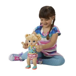 Baby Alive Işıklı Ayakkabılarıyla Neşeli Bebeğim E5247