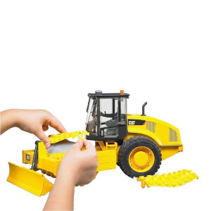 1:16 Bruder Caterpillar Tırtıl Titreşimli Kompaktör