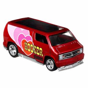 Hot Wheels Pop Culture Premium Arabalar DLB45 (Custom 77 Dodge Van)