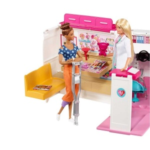 Barbie'nin Ambulansı FRM19