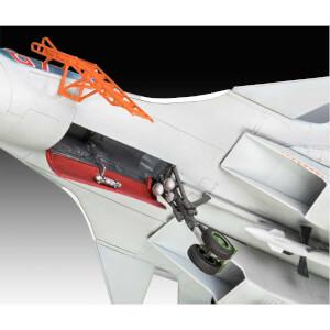 Revell 1:72 Sukhoi Su-33 Navy Flanker Uçak 3911