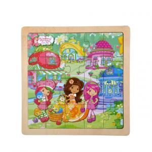 Çilek Kız Hayvanları ile Bahçede Ahşap Puzzle 20 Parça