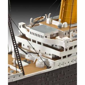 Revell 1:700 / 1:200 Titanic Gemi Model Seti 5727