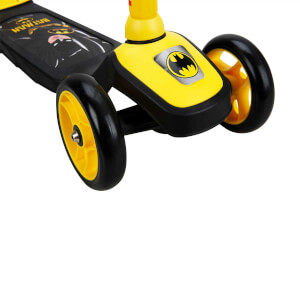Batman 3 Tekerlekli Twistable Scooter