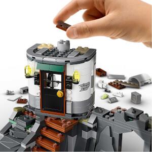 LEGO Hidden Side Karanlık Feneri 70431