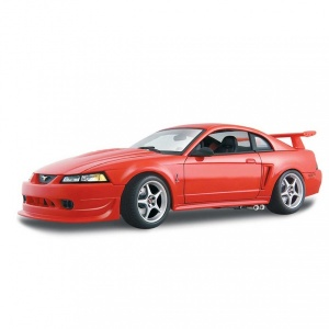 1:18 Maisto SVT Mustang Cobra 2000 Model Araba