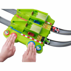 Hot Wheels Mario Kart Çılgın Dönüş Parkuru Seti GCP27