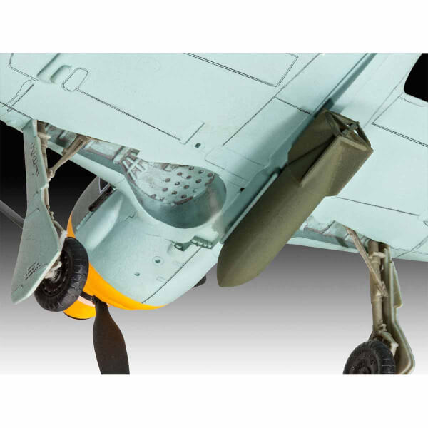 Revell 1:72 Focke Wulf Fw 190 F-8 Uçak 63898