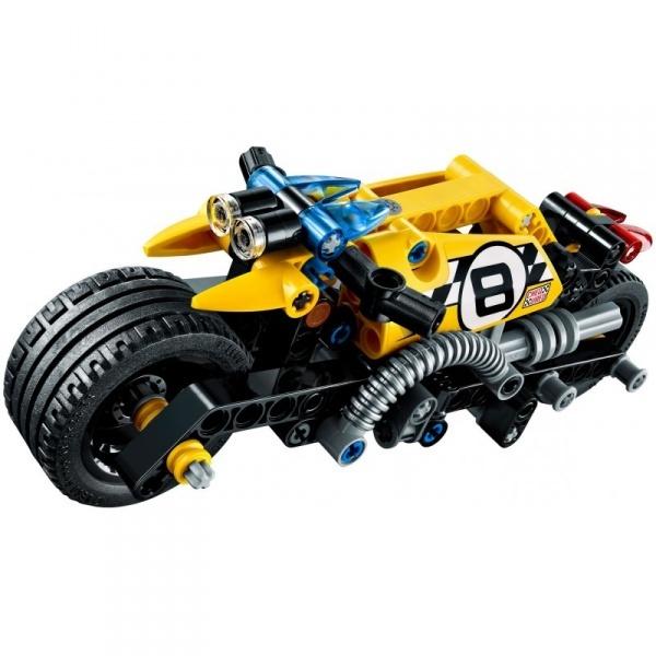 LEGO Technic Akrobasi Motosikleti 42058