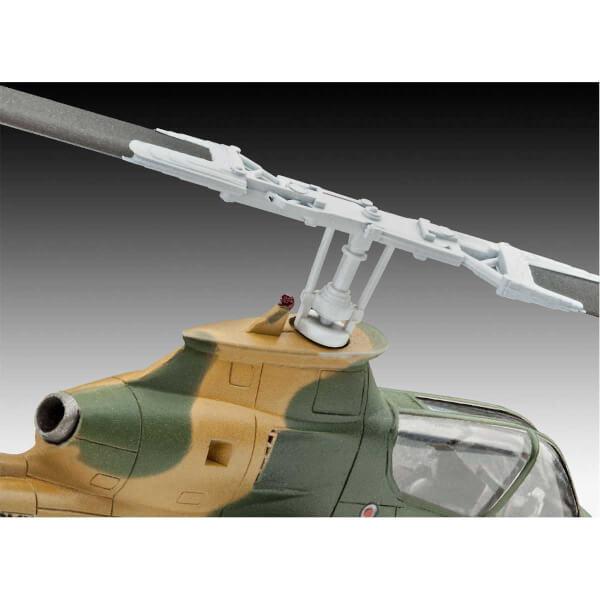 Revell 1:100  Cobra AH-1G Model Set Helikopter 64954