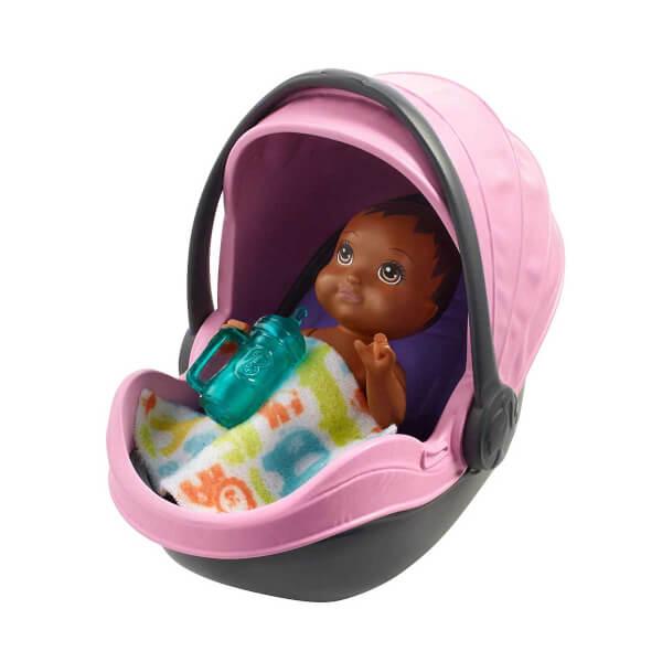 Barbie Bebek Bakıcılığı Oyun Seti FXG94