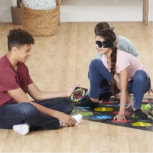 Blindfolded Twister E1888