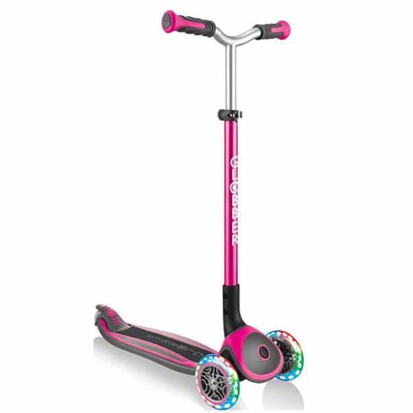 Globber Master 3 Tekerlekli Işıklı Katlanabilir Pembe Scooter