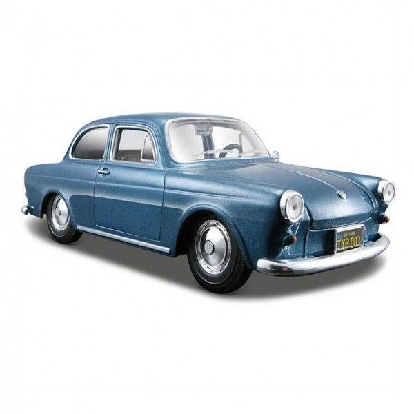 1:24 Maisto Volkswagen 1600 Nothback Model Araba