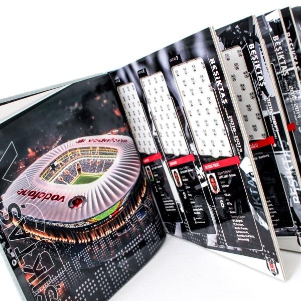 BJK Futbolcu Albümü 2016-2017