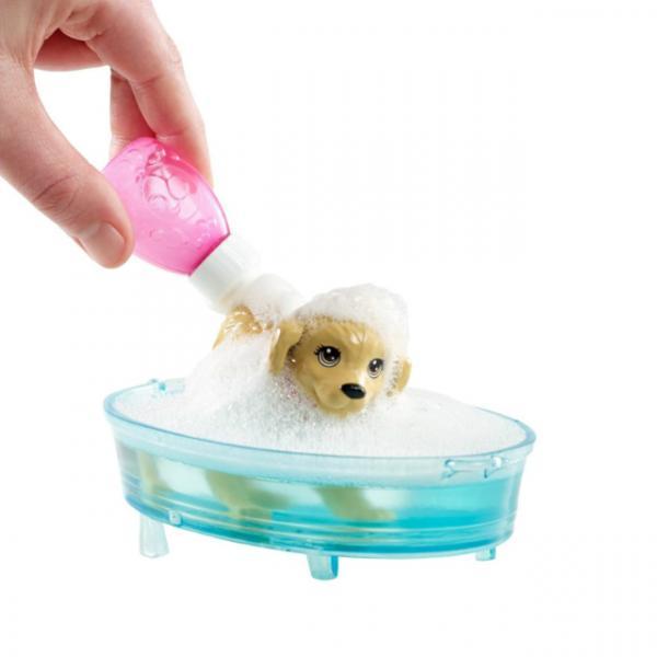 Barbie ve Köpekçiğin Banyo Keyfi