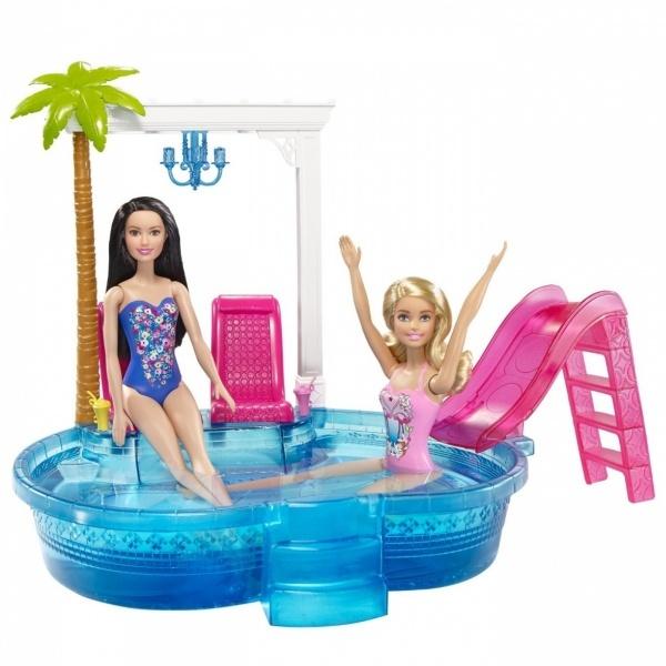Barbie'nin Şık Havuzu